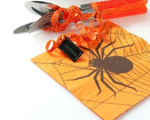 Serviette papier halloween orange avec arraignée http://www.tendance-ephemere.com/serviette-papier-halloween-orange,fr,4,SPHALOGS20.cfm