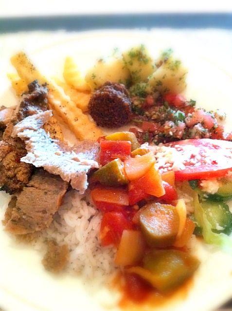 おいしいエジプト料理です。 - 1件のもぐもぐ - One of my favorite lunch buffets! by Jive Chie