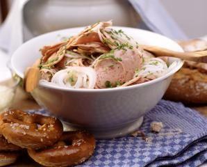Bayrischer Weißwurstsalat