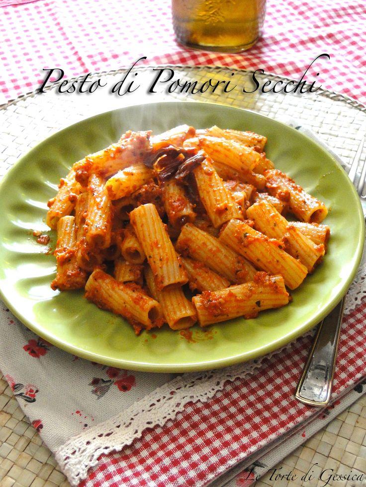 Pasta con Pesto di Pomodori Secchi - Ricetta con e senza Bimby