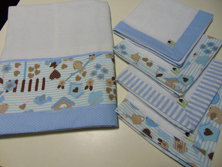 Toalha fralda em tecido de fralda duplo, super macio e com barrado em tricoline…