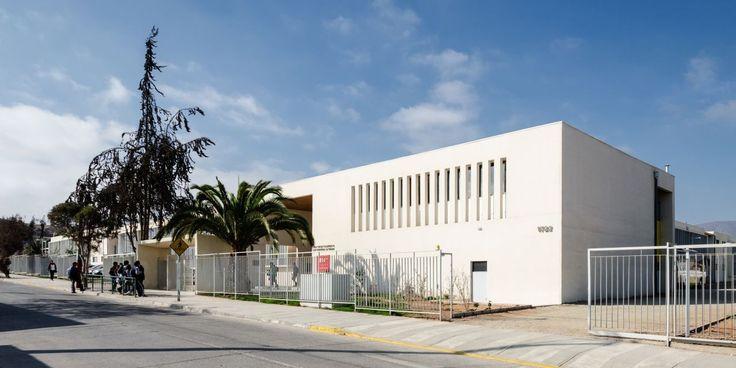 Galeria de Liceu Jorge Alessandri / Crisosto Arquitectos Consultores - 7