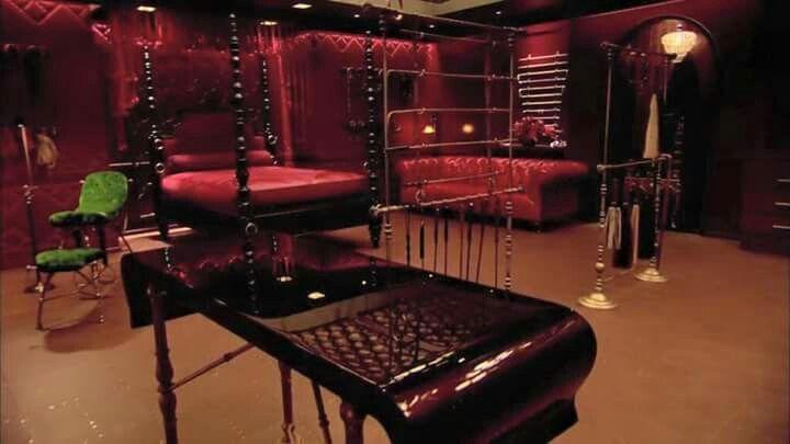 Red Room Ruang Rahasia Ruangan Ide Dekorasi Rumah