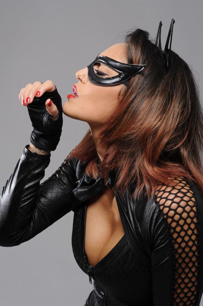 https://flic.kr/p/zBvPcx | Leg Avenue Wicked Kitty Costume | Model Niki in black catsuit
