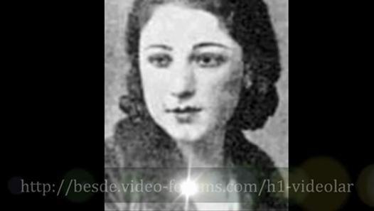 Şamram Hanım - Şamram Hanım (Şamran Hanım) (1870-14 Mart 1955), Ermeni asıllı Osmanlı kanto sanatçısıdır. Şamram Kelleciyan, İstanbul'da doğmuş olup Osmanlı İmparatorluğu'nun son dönemlerinde küçük yaşlardan itibaren değişik sahnelerde kanto gösterileri sergilemiş ve o dönem İstanbul seyircisinin hayran olduğu bir sanatçı olmuştur. Özellikle 1900-1920 arası yoğun şekilde faaliyet göstermiş ve 14 Mart 1955'te vefat etmiştir. Sanatçı aynı zamanda ünlü kantocu Peruz Hanım'ın teyzesinin kızıdır…