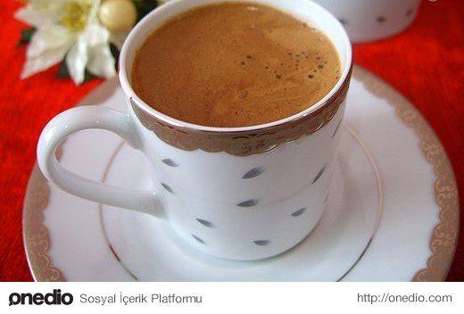 Nutella'yı biraz Türkleştirmeye ne dersiniz? İşte karşınızda Nutella'lı Türk kahvesi!