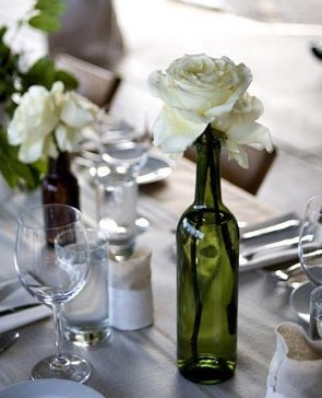 10 images about wine bottle decorations on pinterest for Clear wine bottle centerpieces