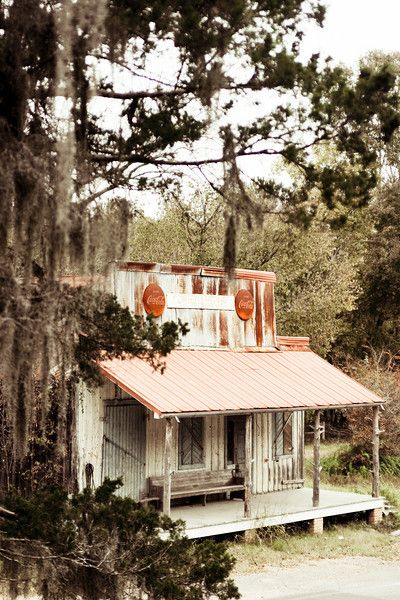 Old store in Church Hill, Mississippi