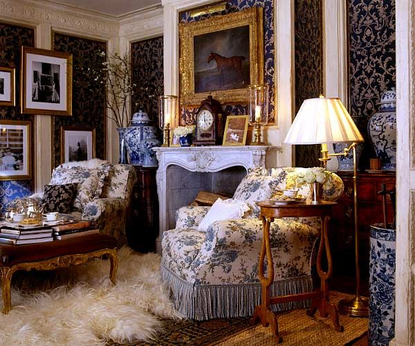 Have Some Decorum: Divine Inspiration.Ralph Lauren Home  (fabrics,rugs,oils,blue,moldings.