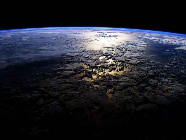 Planet Surface Space Wallpaper Hd Space 4k Wallpapers Wallpapers Den In 2021 Wallpaper Space Earth From Space Wallpaper Earth Cool earth wallpapers 4k