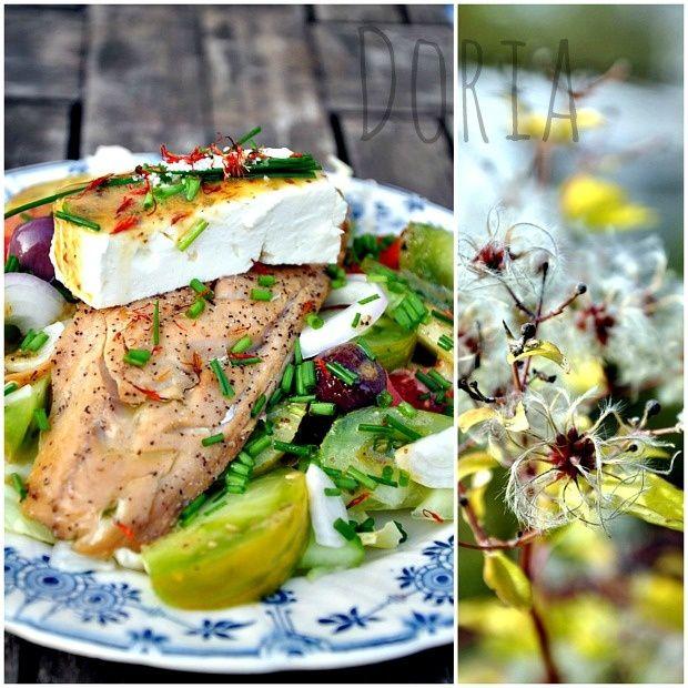Salade de maquereau fumé, Féta, concombre et tomates multicolores