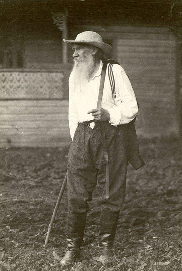Лев Толстой, июль 1907, Тульская губ., дер. Ясенки. Фото Чертков Владимир Григорьевич