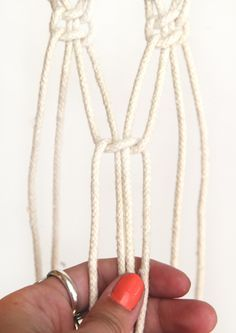 How To Macrame (And Create A Wall Hanging!)
