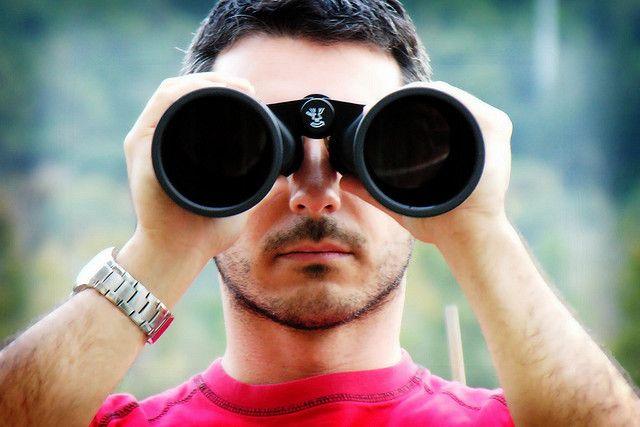 Binoculars portrait (dscn4659_mod_vign_sm) by gerlos, via Flickr