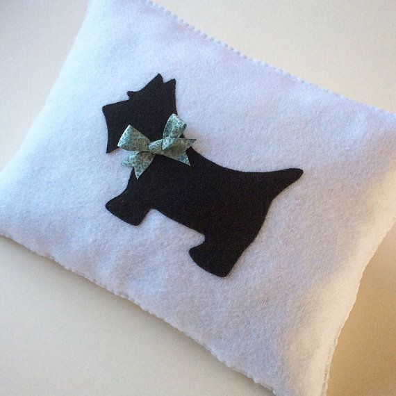 Best 25+ Dog pillows ideas on Pinterest | Personalized ...
