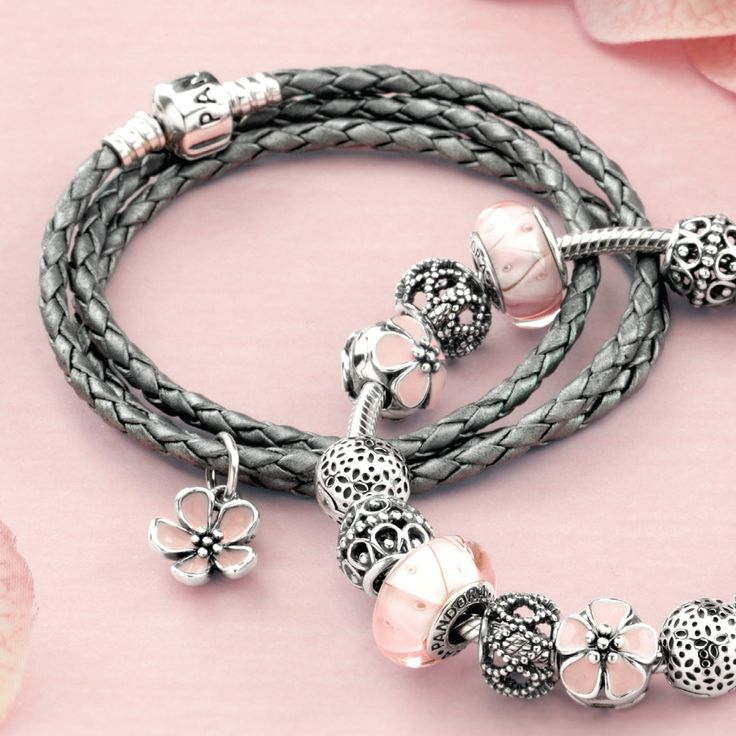 17 best ideas about pandora bracelets on pinterest pandora pandora jewelry and pandora charm bracelets - Pandora Bracelet Design Ideas