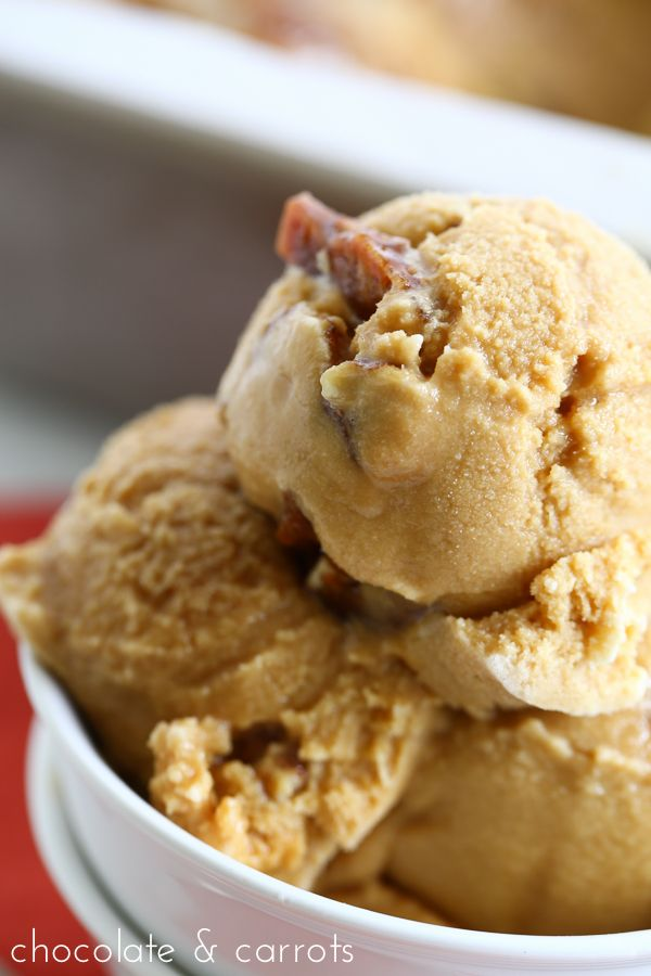 Pecan Praline Ice Cream | chocolateandcarrots.com