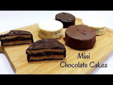Mini Chocolate Cake Recipe in Hindi by Cooking with Smita | Eggless Mini Cakes | Dessert - YouTube