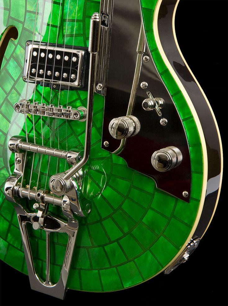 Emerald electric guitar: Pantone Colors, Sweet, Music Instruments, Cakes, Emeralds Green, Pearls, Plays, Rocks Rolls, Electric Guitar