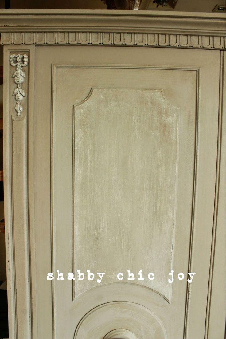Shabby Chic JoyL'armadio per l'ingresso: dal mercatino dell'usato a casa mia by Shabby Chic Joy