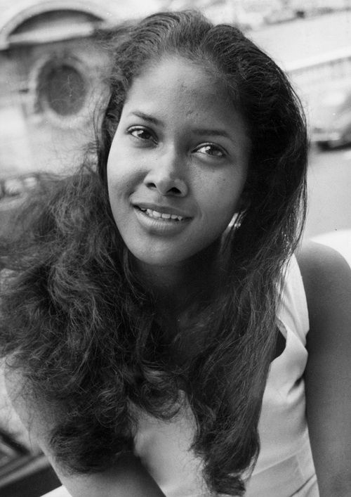 Marpessa Dawn, the beautiful co-star of Black Orpheus (1959).