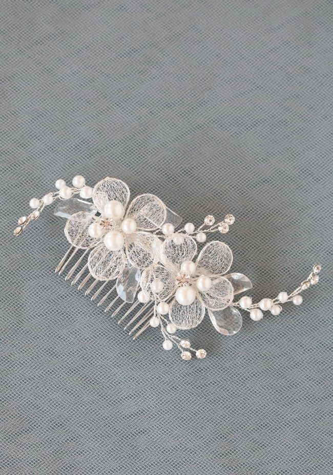 A Love Like This Hair Comb   Modern Vintage Headpieces   Modern Vintage Accessories   Modern Vintage Bridal