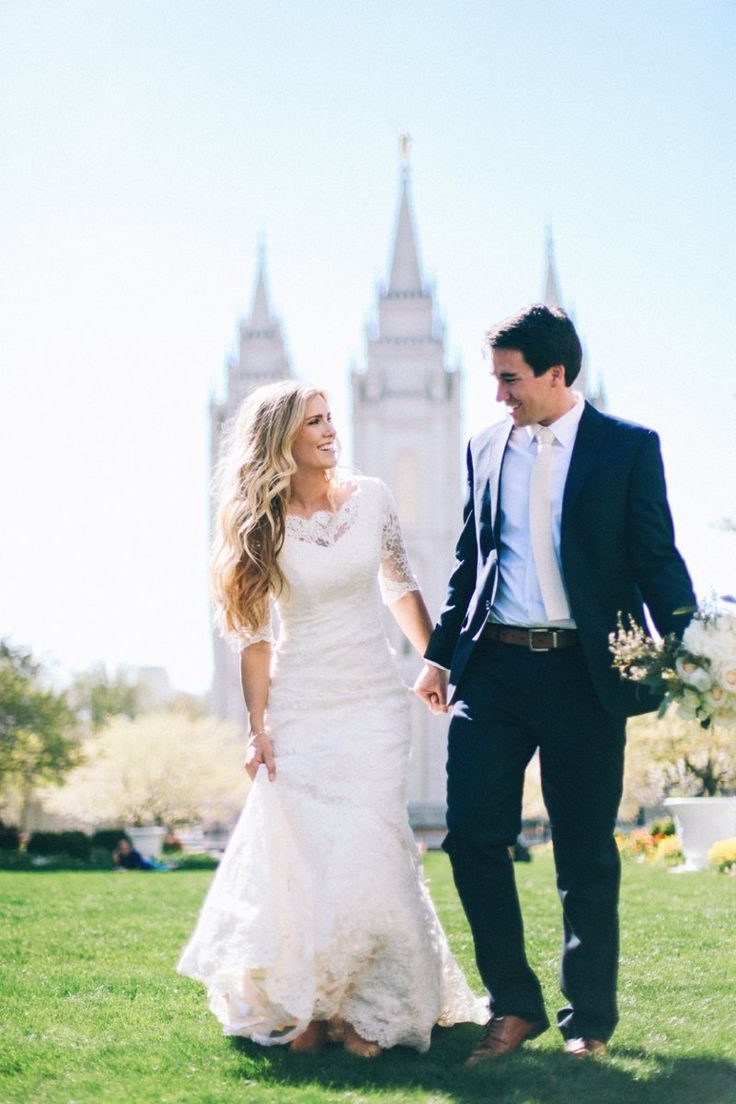 Photography | Gown | Bride and Groom | Lace