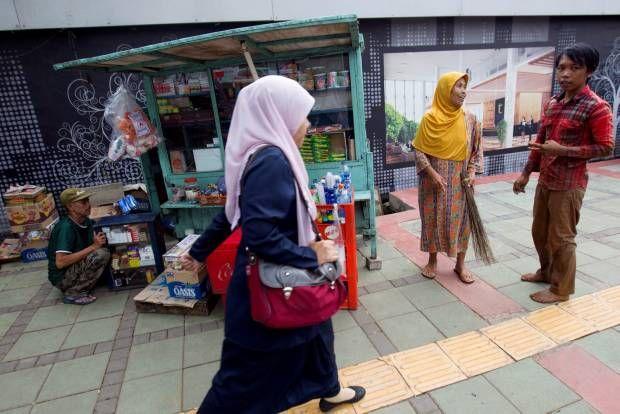 Ini Trotoar Jakarta, Bung!