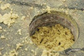 Panelfödém szigetelése kőzetgyapottal 25cm vastagságban. #hőszigetelés #panelszigetelés #kőzetgyapot #üveggyapot #fújhatószigetelés #befújásosszigetelés