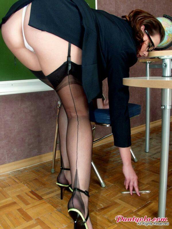 Hot! bent over ass gape hot pic Manuel Ferrara