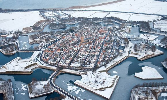 Don't mistake it for a Game of Thrones set, this fortified Dutch city is real, and a beautiful place to get married!