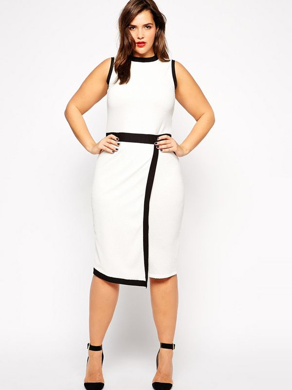 Plus Sizes Sleeveless Midi Dress