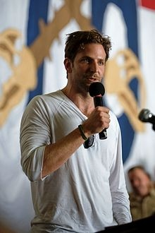 Google Image Result for http://upload.wikimedia.org/wikipedia/commons/thumb/6/6e/Bradley_Cooper,_July_2009.jpg/220px-Bradley_Cooper,_July_2009.jpg