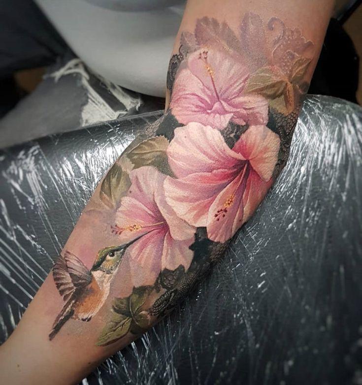 Hummingbird & Pink Lilies Uncategorized Animal tattoos Arm tattoos birds Cute tattoos Floral tattoos girls hummingbird lily pink Pink Lilies Woman&#39…