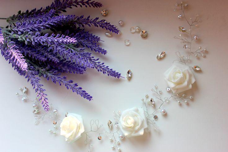 Hair accessories for bride by Styrova Alena