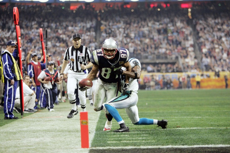37 Days until Super Bowl XLVII    37 is the number of points scored in the 4th Quarter of Super Bowl XXXVIII. It was the highest scoring 4th Quarter in Super Bowl history. The Patriots scored 18 points and the Panthers scored 19 points. The Patriots won Super Bowl XXVIII, 32-29, on an Adam Vinatieri�s game-winning field goal with 4 seconds remaining. (AP Photo/David Drapkin)