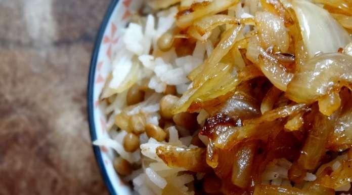riz et lentilles aux oignons