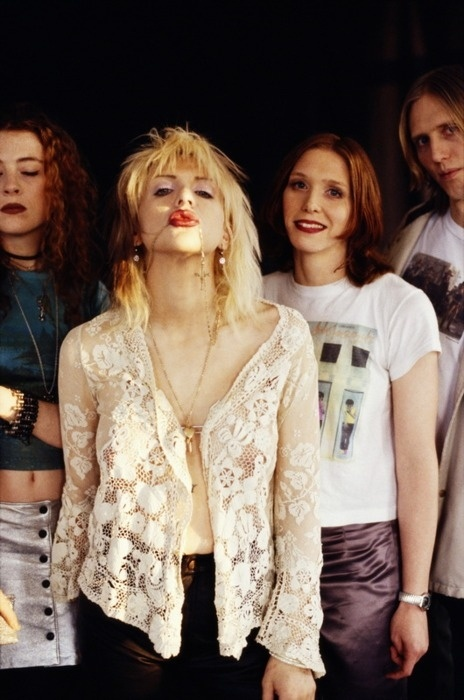 Hole band photo-  (Left to Right) Melissa Auf der Maur, Courtney Love, Patty Schemel, Eric Erlandson