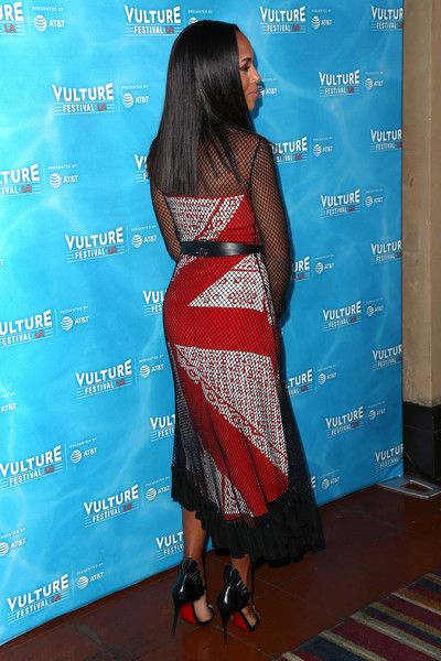 Kerry Washington attends Vulture Festival Los Angeles at Hollywood Roosevelt Hotel on November 18, 2017 in Hollywood, California. - Vulture Festival Los Angeles - Day 1