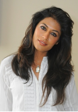 Google Image Result for http://www.247onlinenews.com/wp-content/uploads/2012/08/Chitrangada-Singh1.png