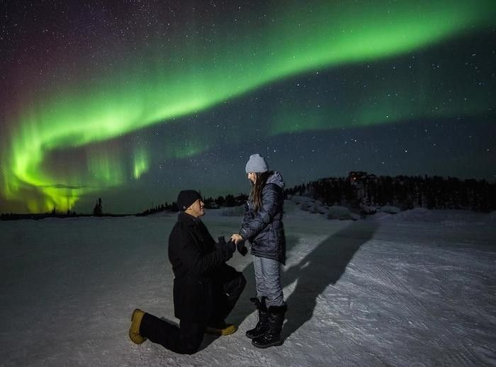 Oh my goodness, this Northern Lights marriage proposal is just breathtaking!