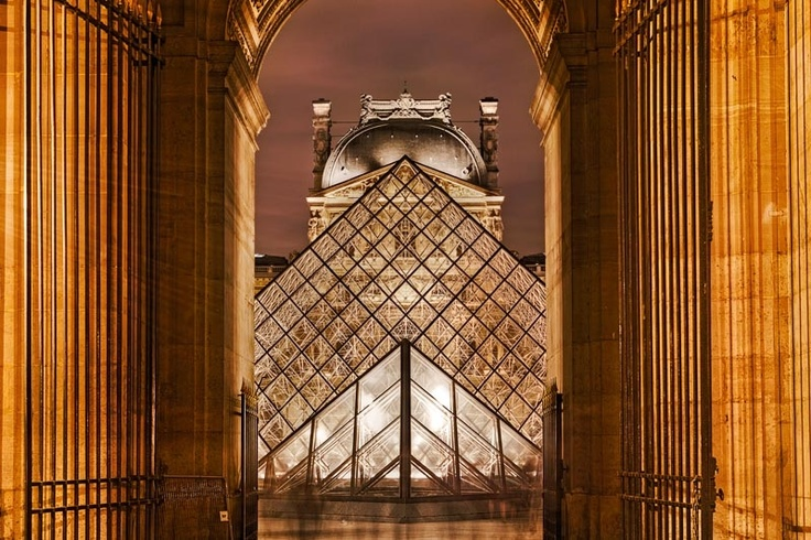 """The Da Vinci Code  Category: Cityscapes   by Raji R Altabshi  """"I couldn't resist the view when i arrived here, so i set up my tripod and took the shot. It was shot during my last visit to Paris at the Louvre Museum. I liked the symmetry of the gate, glass pyramids and the dome.""""  Location: Paris, France  Equipment: Canon 5d Mark ii Canon 24-70mm L f/2,8 Giottos Tripod MT8361"""