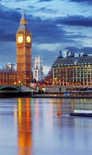 イングランド ロンドンの時計台 ビッグ・ベンのiPhone壁紙   壁紙キングダム スマホ版