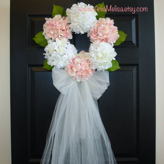 hydrangeas wreath, spring wreaths, summer wreath, pink wreaths, bridal shower, wreath, front door decor, home decor, elegant wreath, large Charm of hydrangea. This listing is for XL beautiful artificial hydrangea wreath. The perfect front door or wall decor, wedding decorations. A great gift for Wedding, Summer ... This wreath is made with silk hydrangeas, faux green leaves and grapevine wreath, it is finish with tule bow and veil for a perfect finishing touch (optionally). SIZE: 6…