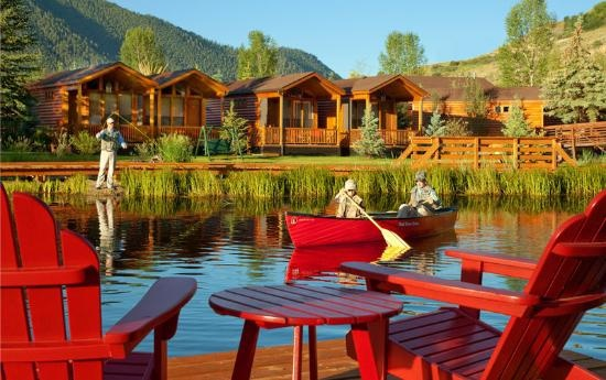 Rustic Inn Creekside Resort and Spa at Jackson Hole: Canoe on Flat Creek staying here this summer.