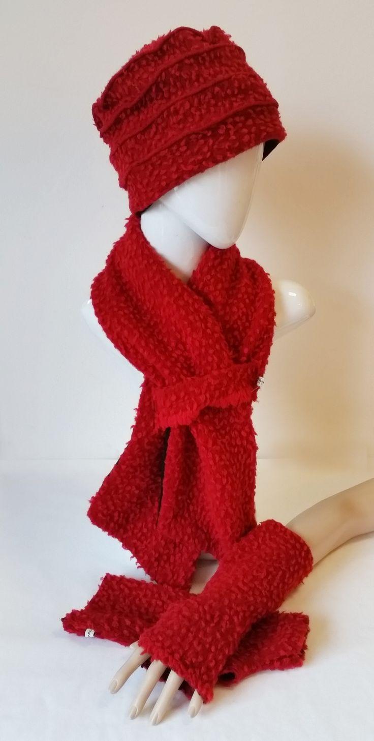 Damen Winter-Set rot Wollmütze, Wollschal, Daumenloch Armstulpen rot von klennes