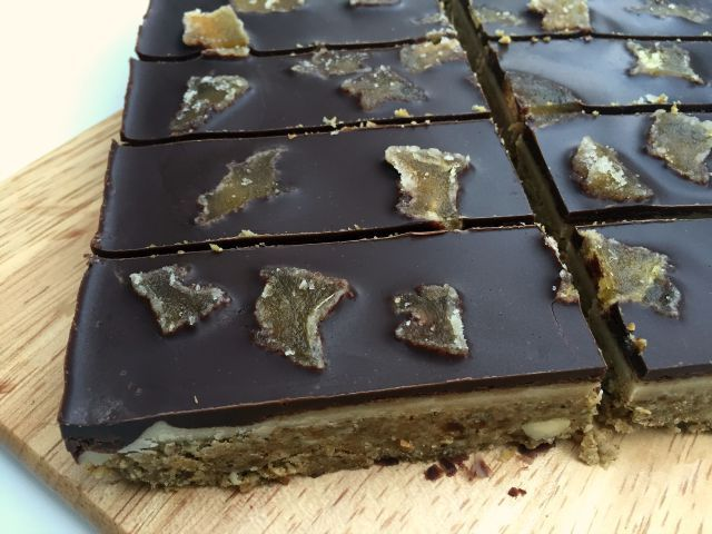 RAW GINGER SLICE WITH CHOC TOP
