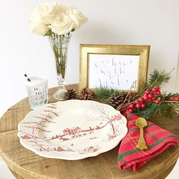 <getting ready for santa with my new favorite @juliskaofficial plates> I absolutely love how 'wood-sy' these plates are! {Use #juliskajoy in your holiday tablescape photos for a chance to win a $1000 gift card to Juliska.com from now to Jan. 1st}
