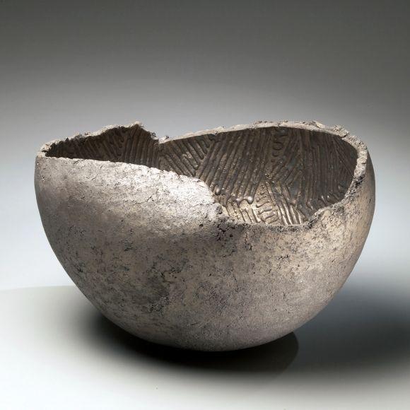 Ogawa Machiko, silver and platinum-glazed vessel, 2009, glazed stoneware, Japanese ceramics, Japanese pottery, Japanese contemporary ceramics, Japanese female ceramist, Japanese sculpture