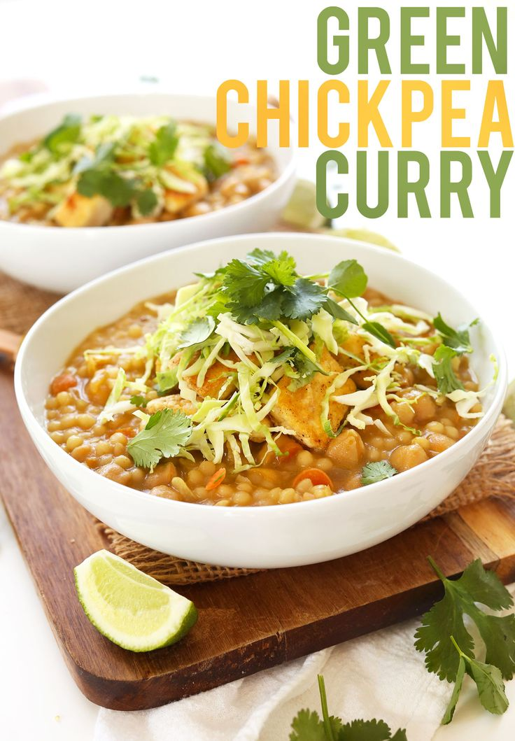 HEALTHY 30 Minute Green Chickpea Curry! So flavorful, healthy and satisfying #vegan #minimalistbaker